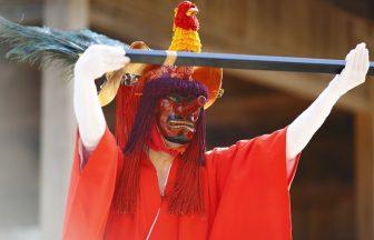 彌美神社 王の舞